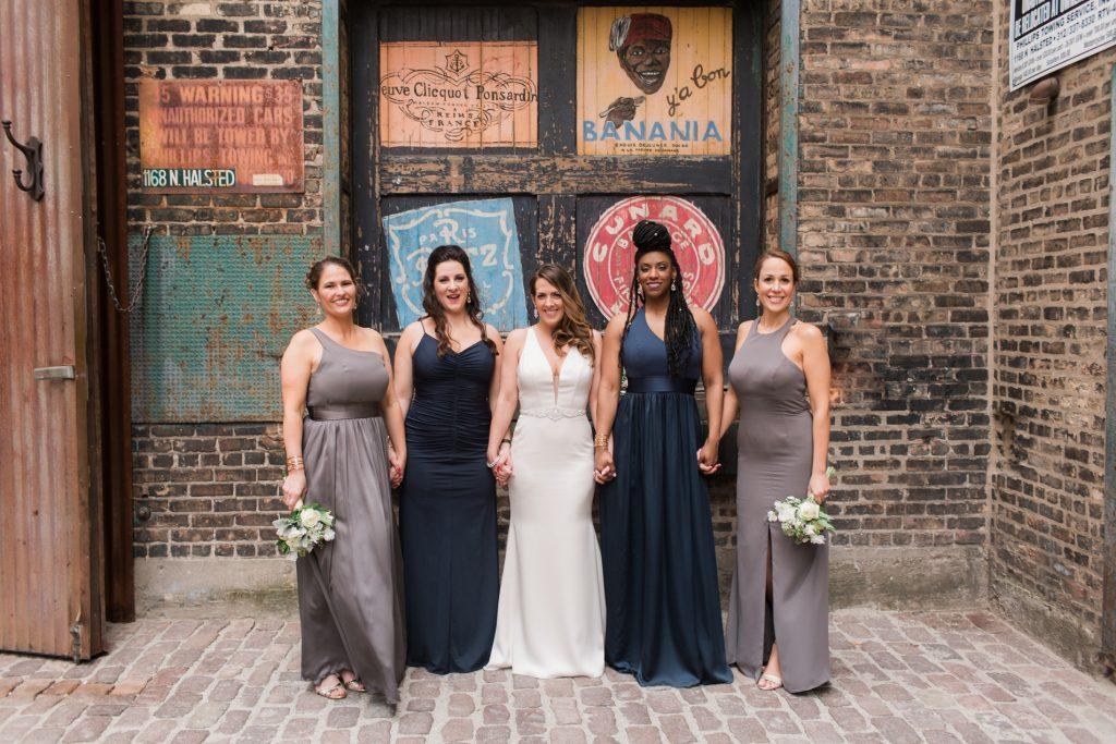 Contemporary Loft Wedding with Pretty Lucite Details - cityviewloft ellerosephoto SM 54