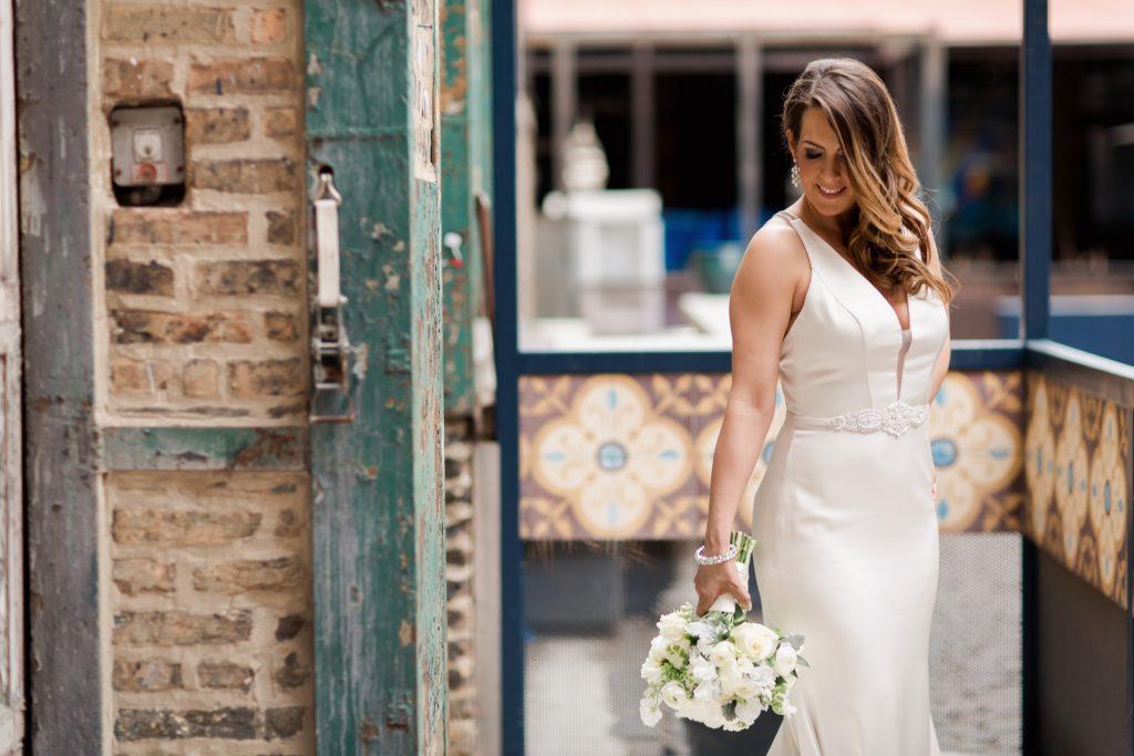 Contemporary Loft Wedding with Pretty Lucite Details - cityviewloft ellerosephoto SM 63