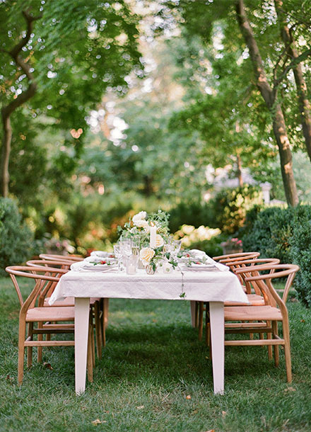 Simple Chic Wedding in Toronto from Tia Kristina Photography & Laura Kelly Wedding Designer