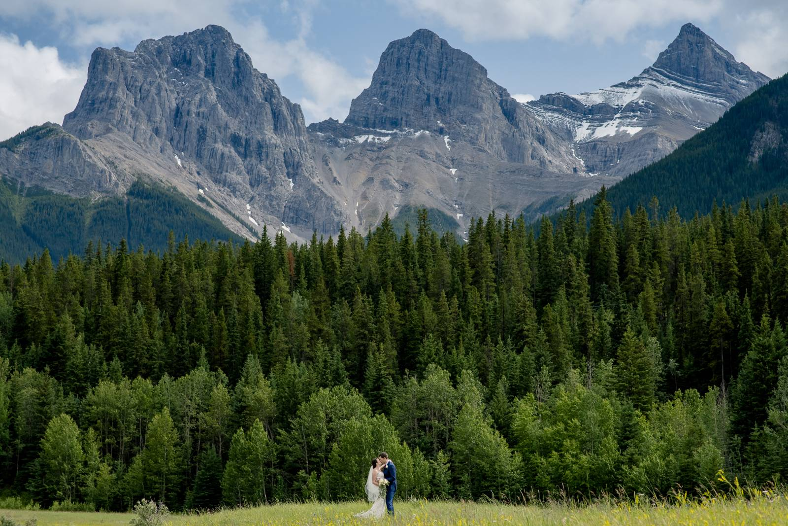 Triathlete Wedding in Calgary : Unique and Awesome Wedding