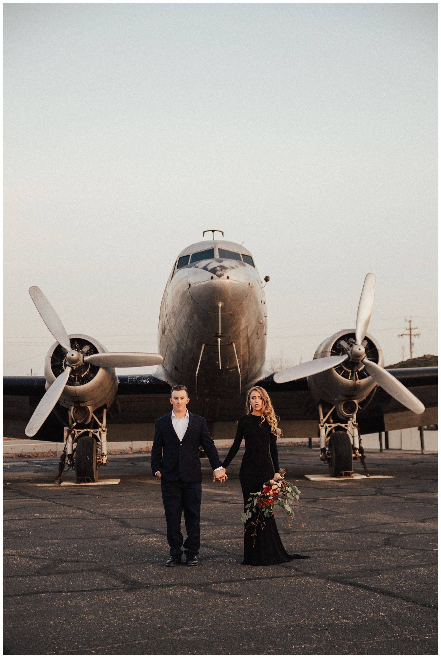 Travel Lovers Airport Engagement from Lisa Renault Photographie